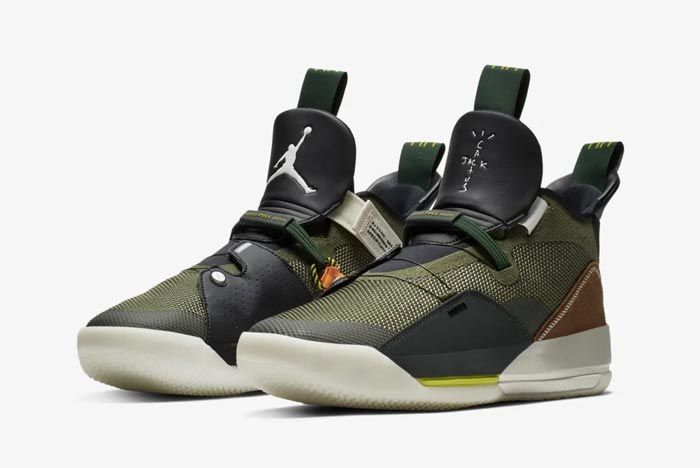 Air Jordan 33 Travis Scott Pair
