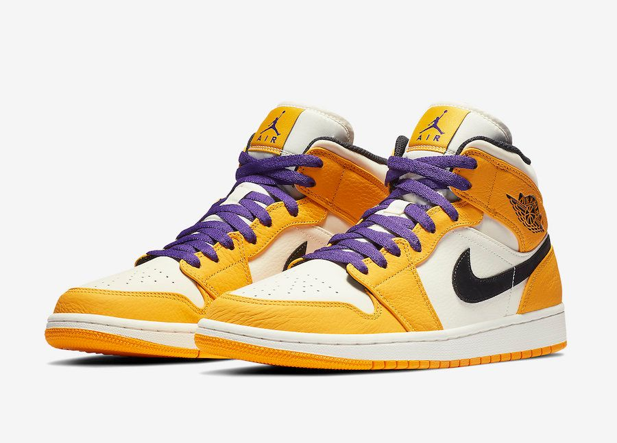 Air Jordan 1 Lakers 3