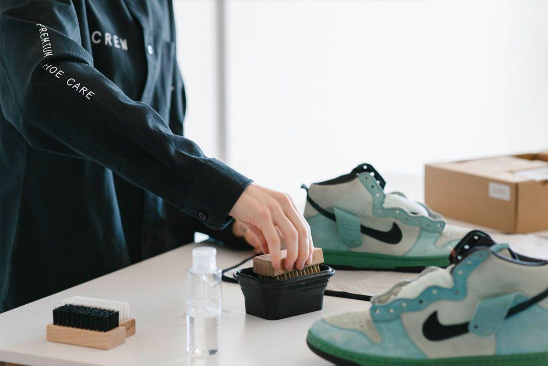Reshoevn8r Nike SB Dunk
