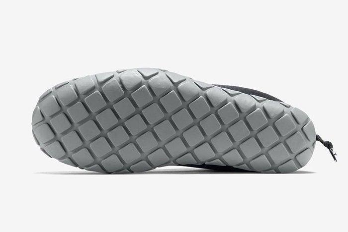 Nike Air Moc Tech Fleece Pack8