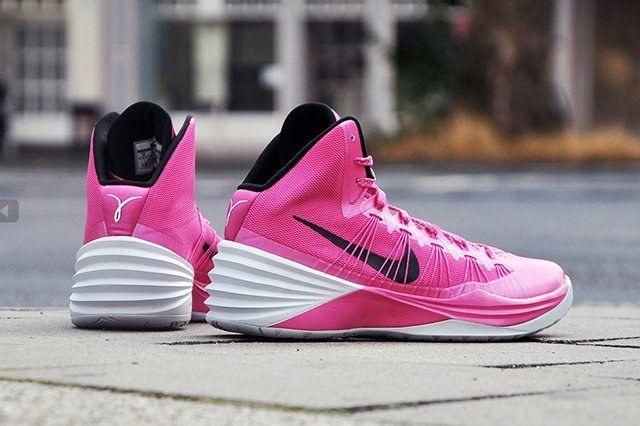 Nike Hyperdunk 2013 Kay Yow 1