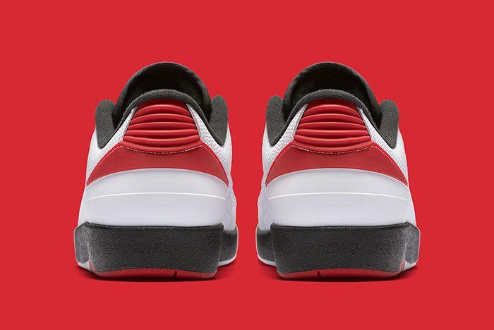 Air Jordan 2 Low Og Chicago4