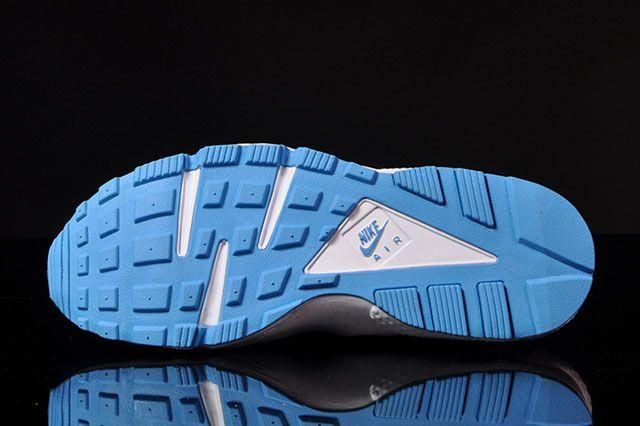 Nike Air Huarache Military Blue 2
