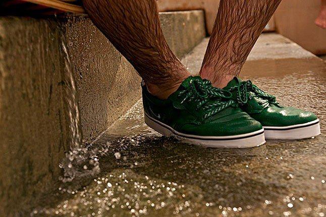 Nike Aquafrolics 13 1