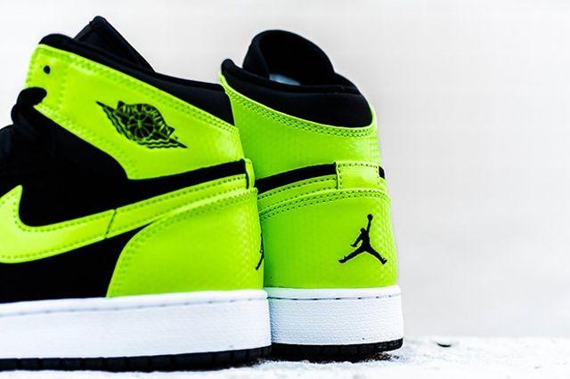 Air Jordan 1 High Gg Ghost Green 3