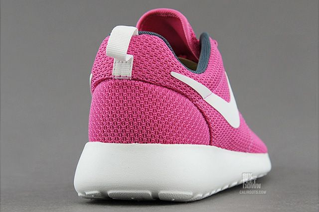 Nike Wmns Roshe Run Cotton Candy 3