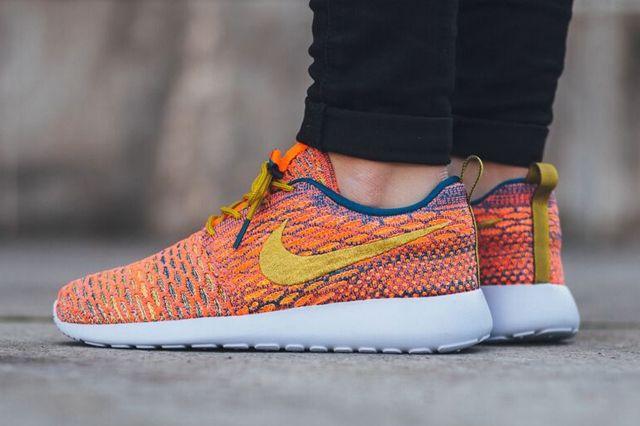 Nike Roshe One Multicolour 3