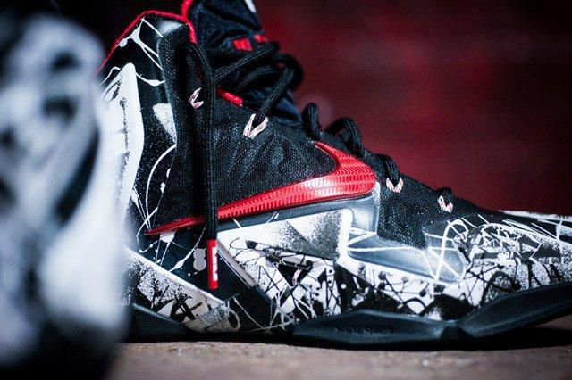 Nike Lebron 11 Grafitti Sideview Detail