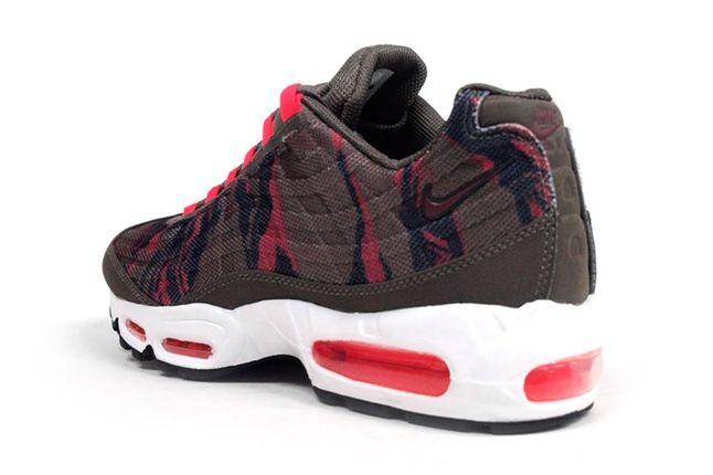 Nike Am95 Prm Tape Red Camo Heel Quarter 1