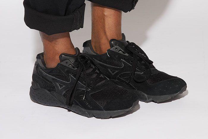 La Mjc Mizuno Mondo Black On Foot