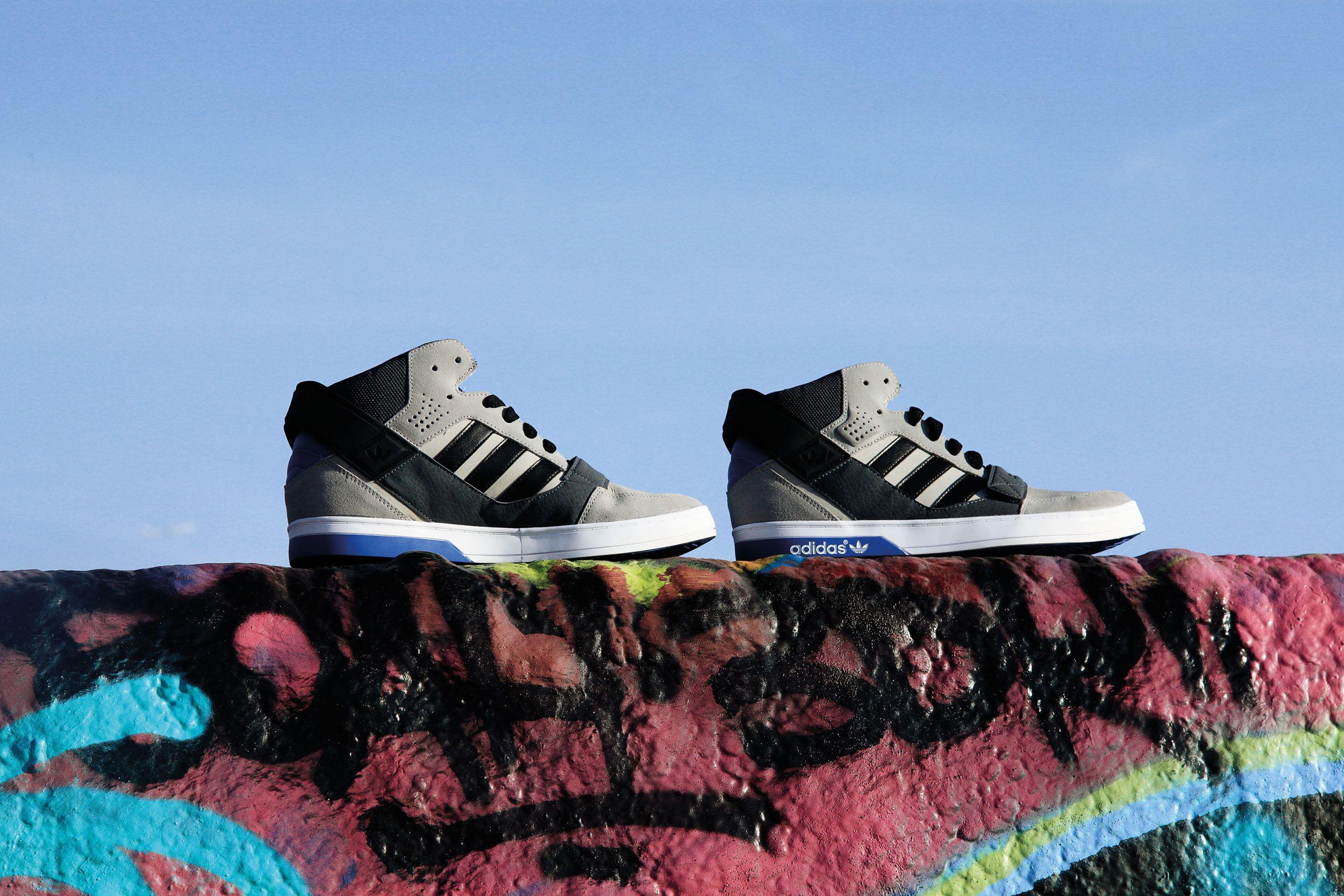 Adidas Originals Defender Blue Grey
