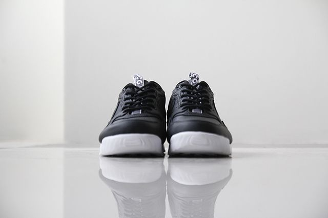 Nike Acg Air Wildwood Premium Black White 2