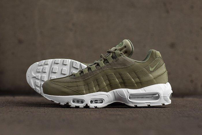 Nike Air Max 95 Trooper Green3