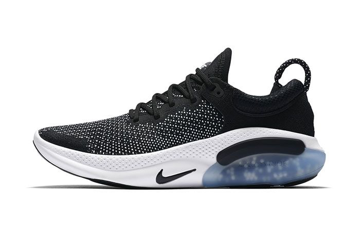 Nike Joyride Run Flyknit Black2