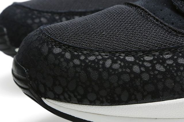 Nike Air Safari Black Sail 4