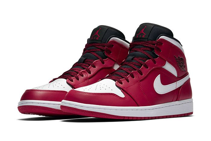 Air Jordan 1 Red Black White 2018 4