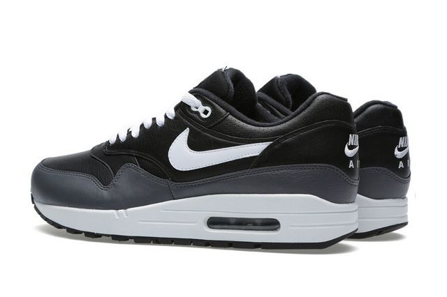 Nike Air Max 1 Black Dark Grey 2