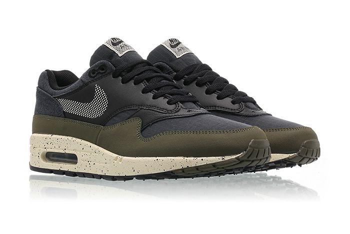 Nike Air Max 1 Se Medium Olive Light Cream Black 2