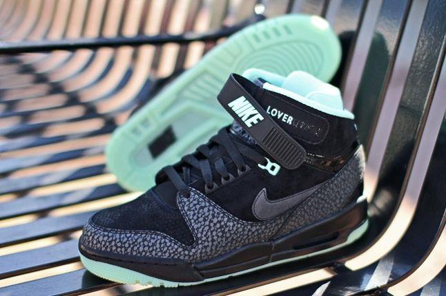 Nike Air Revolution Loverution Pack 5