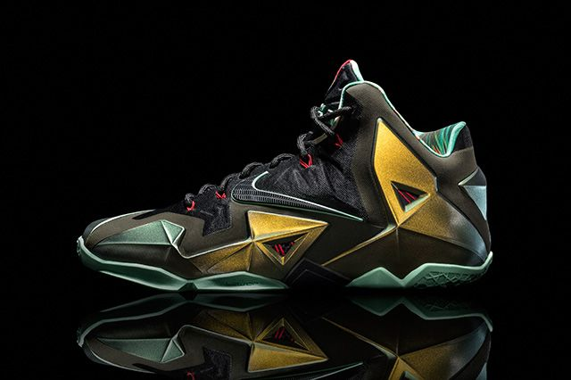 Nike Lebron Xi Official Images Kings Pride