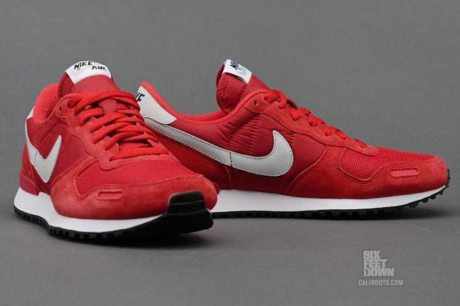 Nike Air Vortex Gym Red Side Pair 1