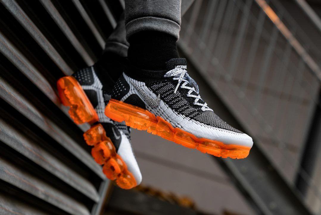 Nike Vapormax Monarch 1
