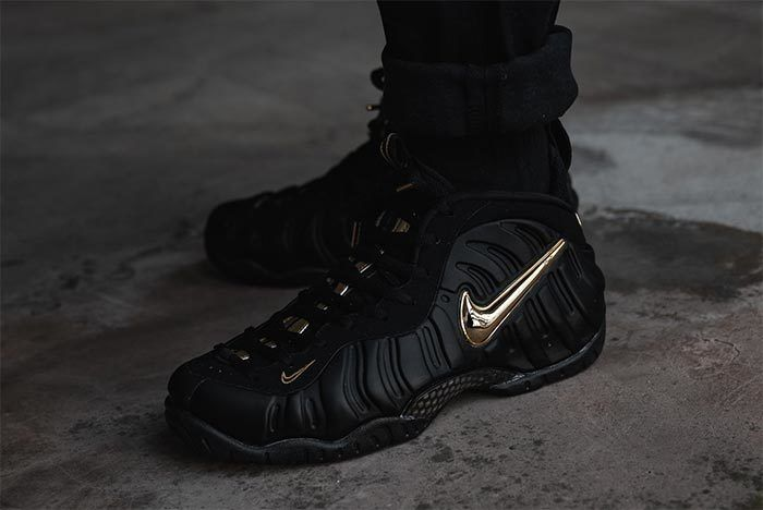 Nike Foamposite Black Gold 1