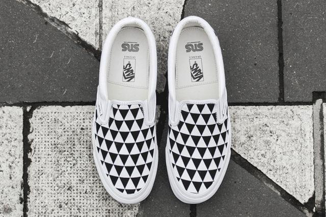 Sneakersnstuff X Vault By Vans Og Classic Slip On Lx Stockholm 31