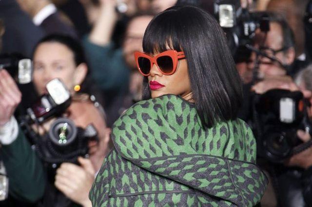 Rihanna Post