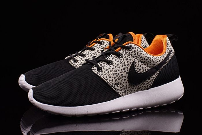 Nike Roshe One Safari 01