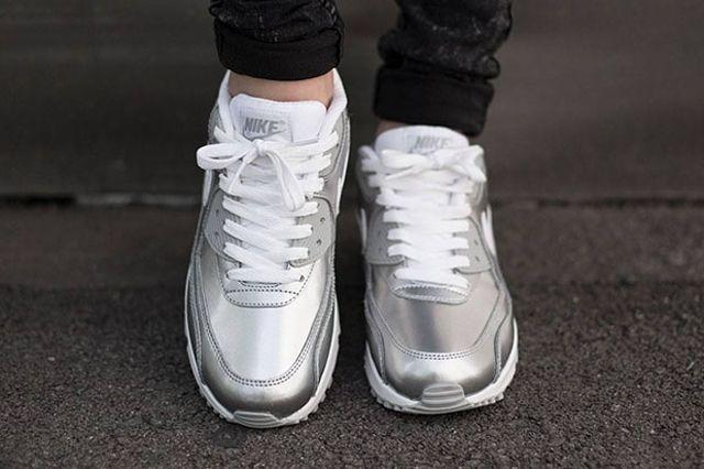 Nike Air Max 90 Metallic Silver 4