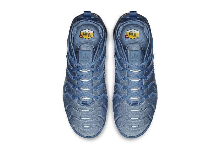 Nike Vapormax Plus Ice Blue 2