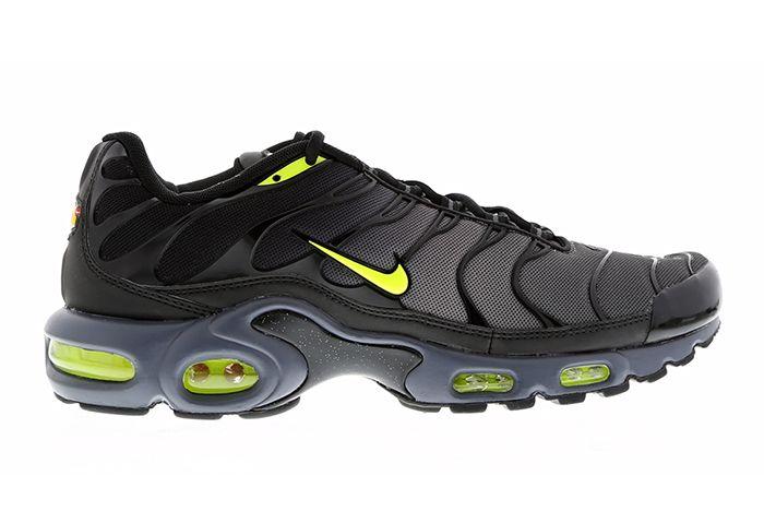 Nike Air Max Plus Black Grey Volt