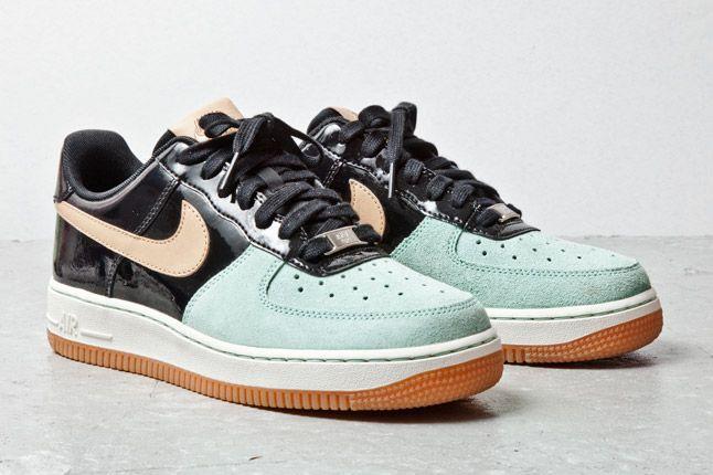 Nike Air Force 1 07 Womens Tan Mint Black 2 1