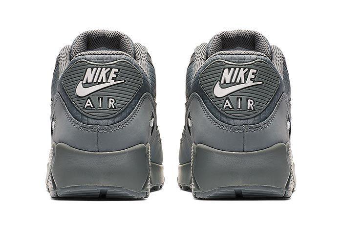 Nike Air Max 90 Essential Cool Grey Heels