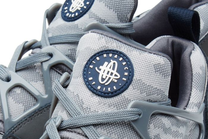 Nike Huarache Light Fb Dark Grey Obsidian 1