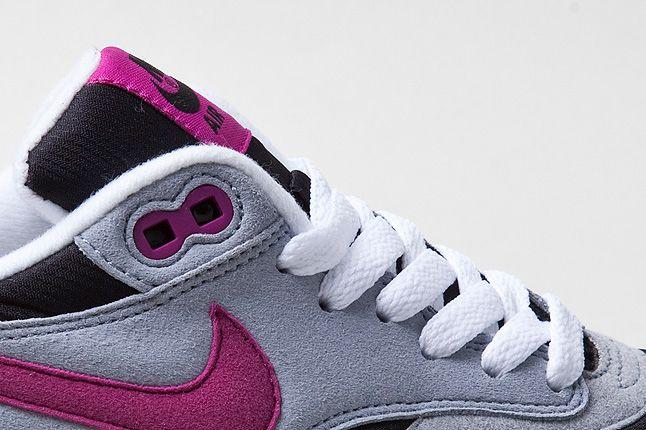 Nike Air Max 1 Grey Violet Laces 1