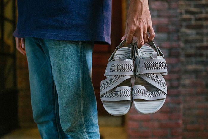 Nike Solarsoft Zigzag Woven Sandal Grey 1