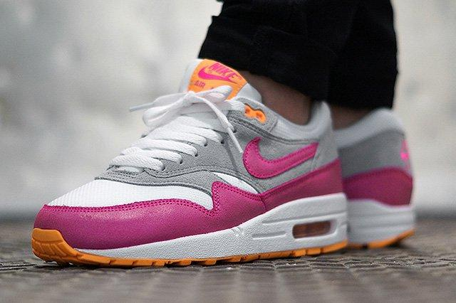 Nike Air Max 1 White Pink Glow 1