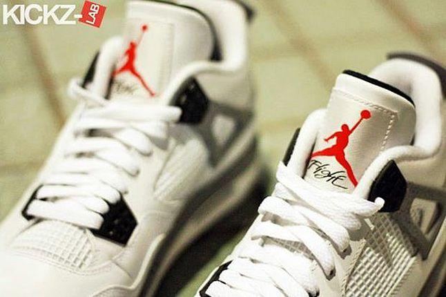 Air Jordan 4 Tech Grey 09 1