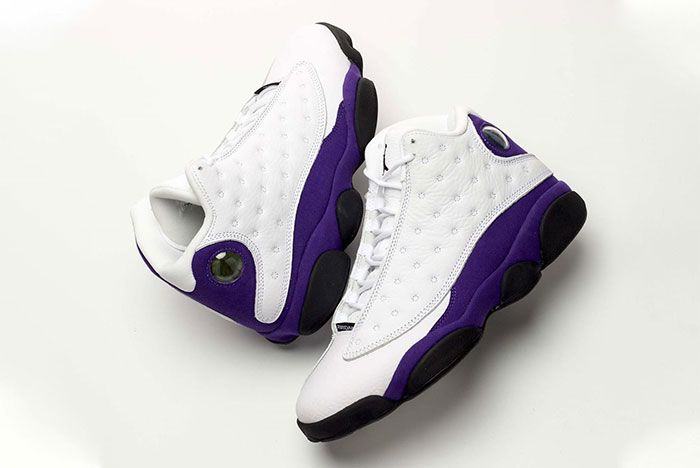 Air Jordan 13 Lakers Lateral