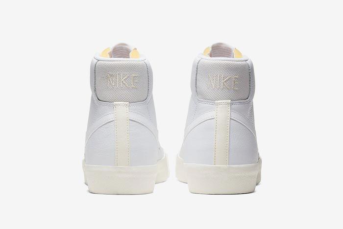 Nike Blazer Mid 77 Vintage Platinum Heels