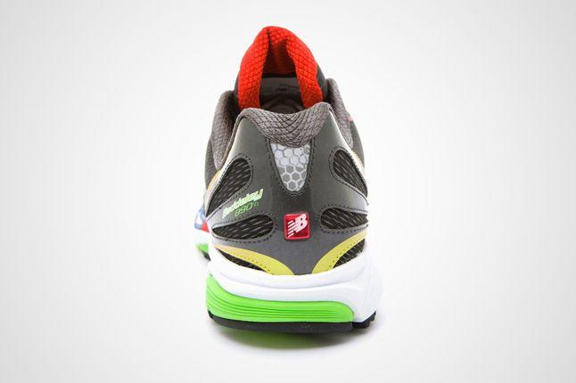 New Balance M890Rb3 Heel 1