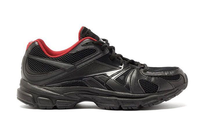 Vetements Reebok Spike Runner 200 Black Right