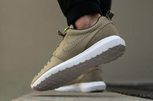 Nike Roshe Run Woven Bamboo 1