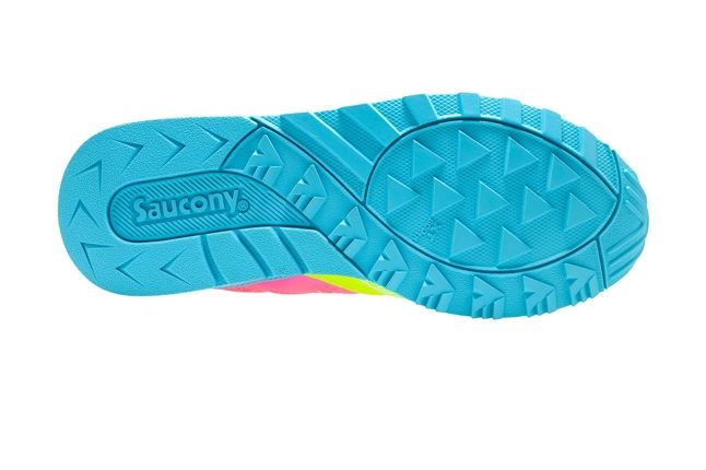 Saucony Master Control Girls Pink Blue Outsole 1