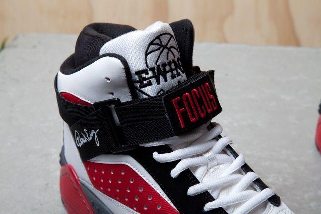 Ewing Focus White Red Black Detail 1