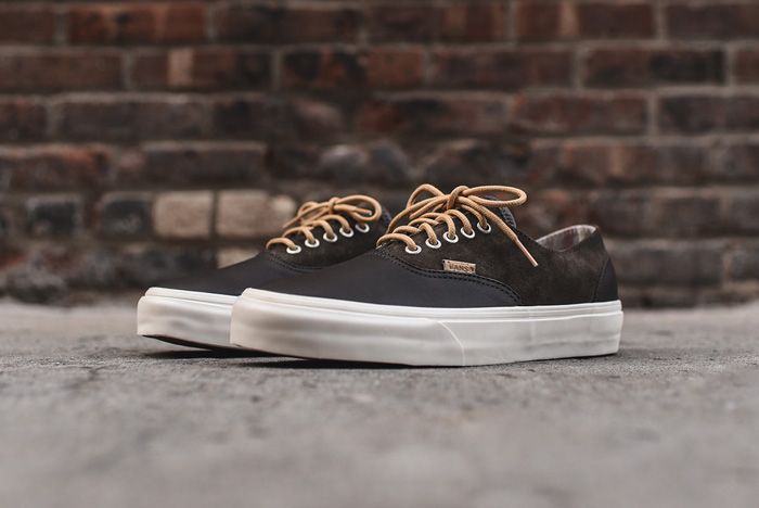 Vans Era Decon Dx Oil Skin Brown1