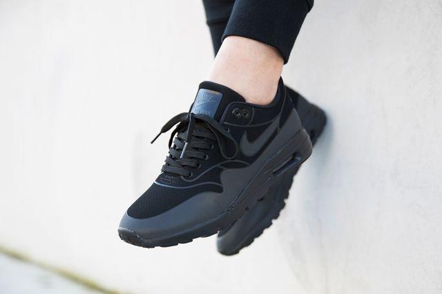 Nike Am1 Ultra Black 3M Hypedc 1
