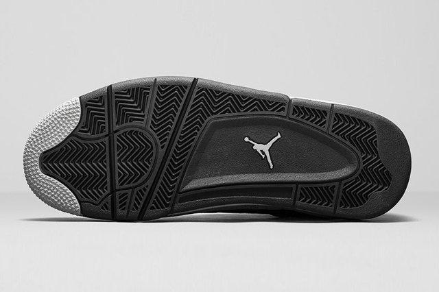 Air Jordan 4 Oreo 5